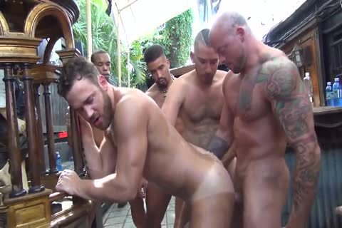 Luscious gay guys enjoy ass penetration