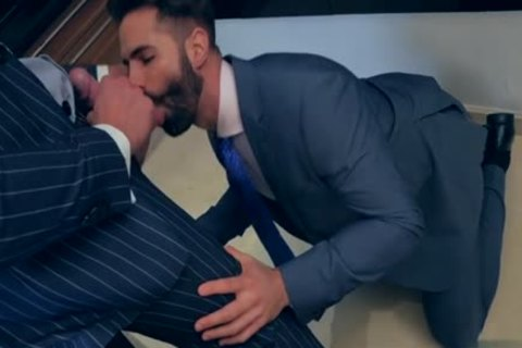 Muscle homosexual ass sex With Facial