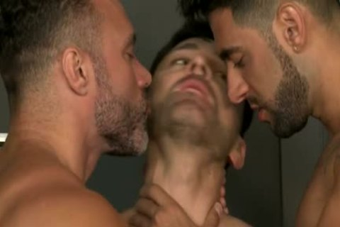 Muscle gay Flip Flop With Facial sperm