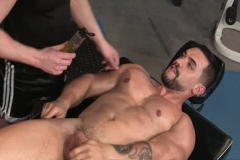 Muscle Bear butthole And butthole sex cream flow