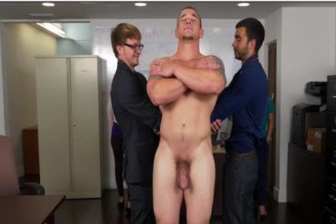 GRAB booty - Hunky Boss Teaches His Office Team All About Teamwork