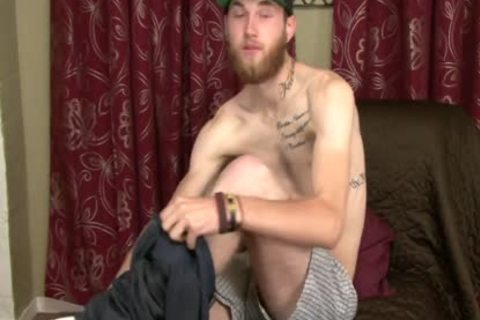 Tommy gets Serviced