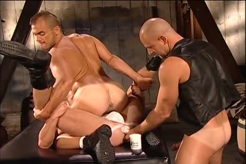 Jessie Balboa likes To plow With Two guys
