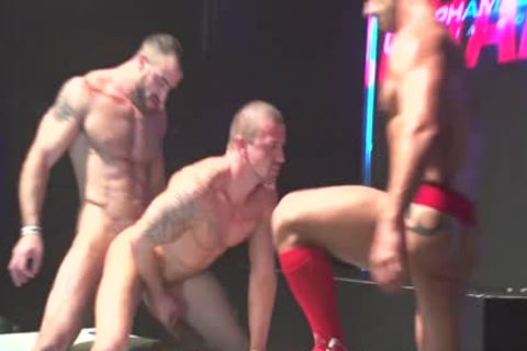 Live Stage orgy