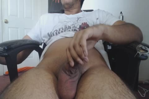 A handjob At Home For This sleazy DILF