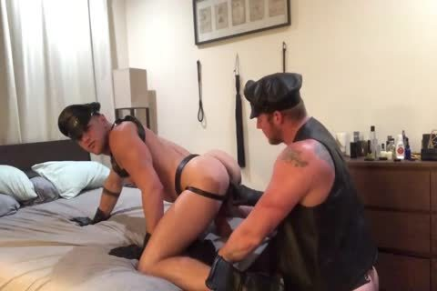 A couple's Leather raunchy dream