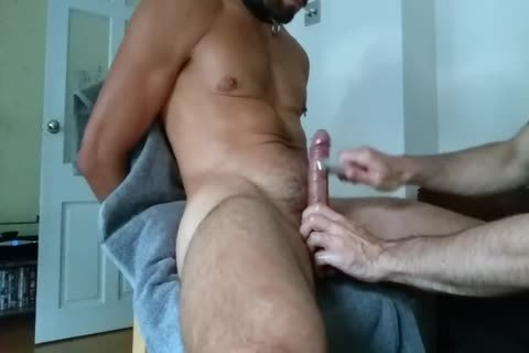 athletic lad Is Getting Edged