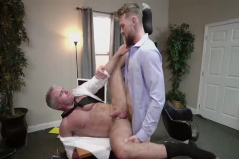 Daddys bare Office Sex Affair