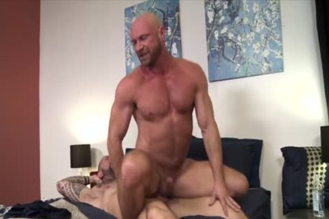 Damn! It Is giant!!! – Vic Rocco & Killian Knox