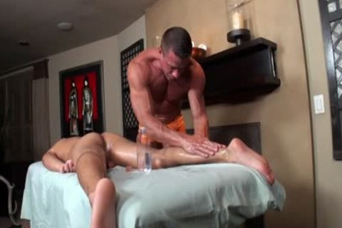 Tyler Saint & Tony Newport - Gentle 10-Pounder Massage