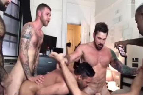 ORGIE INTERRACIAL WITH 6 twinks