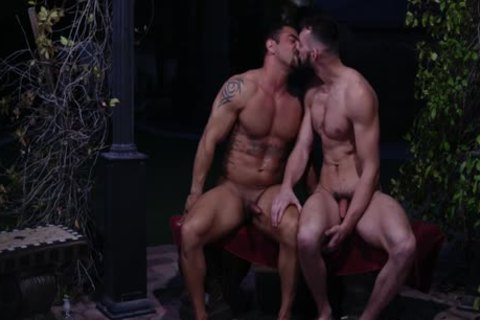 sleazy Hunks Johnny And Draven fuck In Sunny Patio