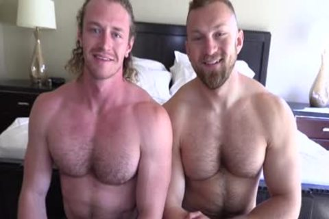 'Jaxon Valor gets Filled And Showered By Russel's fat cock'